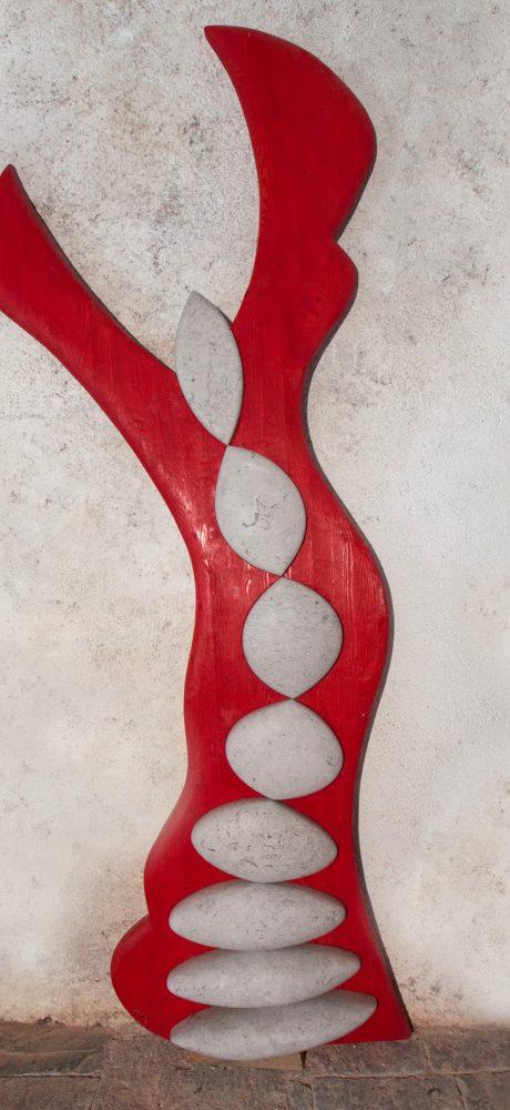 Sculture in legno e pietra